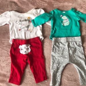 Other - 2 outfits for 5 $